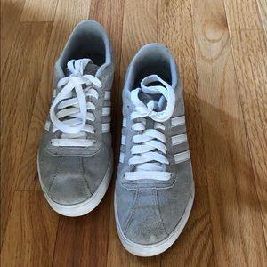Adidas neo sneaker size 6